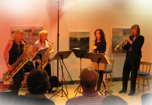 Truesax spelar i Norrtälje konsthall